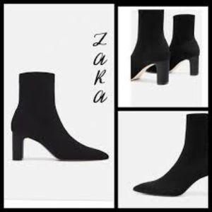 ZARA pull on stretchy booties black EU 41 US8 NEW